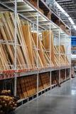 Armazém da madeira serrada Foto de Stock