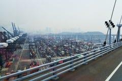 armazéns para navios o porto de Hong Kong Fotografia de Stock