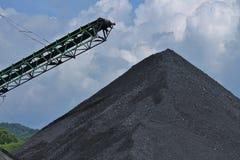 Armazenagem do carvão foto de stock royalty free
