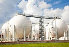 Armazenamento da gasolina do petróleo Fotografia de Stock Royalty Free