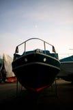 Armazenamento do barco do inverno imagens de stock