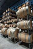 Armazenamento do tambor de vinho fotos de stock