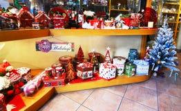 Armazene a venda de ornamento decorativos Atenas Grécia do Natal Fotos de Stock