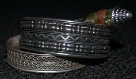 Armbänder und Perlen Stockfoto