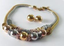 Armband en halsband 3 kleuren Stock Foto