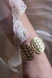 Armbandet och snör åt royaltyfria foton