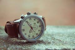 Armbandsur för klassiker för man` s Royaltyfria Bilder
