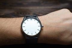 Armbandsur utan händer royaltyfria bilder