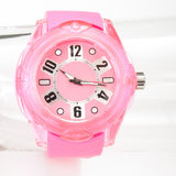 Armbanduhr auf weißem Hintergrund lizenzfreie stockfotografie