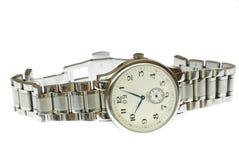 Armbanduhr im Weiß Lizenzfreie Stockfotos