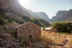 Armeński monaster między górami Zdjęcie Royalty Free