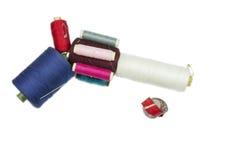 Arme à feu de revolver des bobines de couture avec la bande de tailleur Images libres de droits