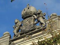 Arme de la ville d'Amsterdam avec deux lions et trois croix image stock