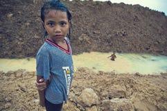 Arme Kinder vom Kambodschaspielen Lizenzfreie Stockfotos