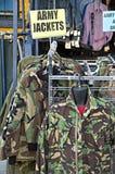 Armee-Jacken Lizenzfreie Stockfotografie