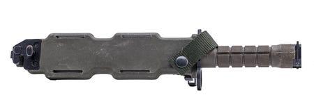 Armeegrün des modernen Militärmessers in der Tasche Lizenzfreie Stockbilder
