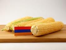 Armeense vlag op een houten die paneel met graan op witte bedelaars wordt geïsoleerd Stock Afbeelding