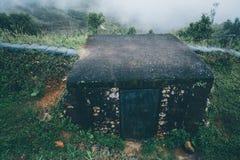 Armeeverteidigungs-Bunkersoldat auf Berg, Thailand Lizenzfreies Stockfoto