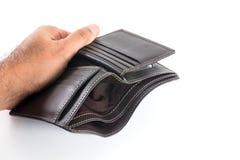 Armen door lege portefeuille worden vertegenwoordigd die Stock Afbeelding