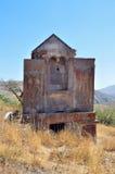 Armenia, Tsahats-kar monaster w górach kościół 10 wiek Zdjęcia Stock