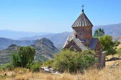 Armenia, Tsahats-kar monaster w górach kościół 10 wiek Zdjęcie Stock