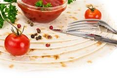 Armenian Lavash mit Tomate Adzhika Stockfotografie