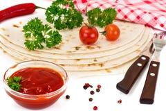 Armenian Lavash mit Tomate Adzhika Lizenzfreie Stockfotos