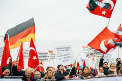 Armenian and Turkey diaspora protesting Stock Images