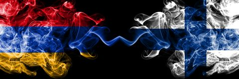 Armenien som ?r armenisk, Finland, finska, bl?ddrar tjocka f?rgrika r?kiga flaggor f?r konkurrens Europeiska fotbollkvalifikation royaltyfri bild