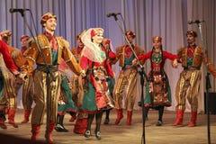 Armenisk dans Arkivfoton