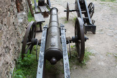Armes à feu antiques, préservées à ce jour Exposition dans le château de Bolkow Pologne Image libre de droits