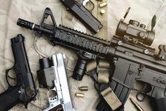 Armes et équipement militaire pour l'armée, arme à feu M4A1 de fusil d'assaut Images stock