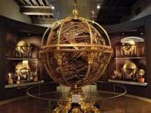 Armillary sfär på Galileo Museum i Florence arkivbild