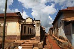 Armoede van de oude Ghanese stad Stock Fotografie