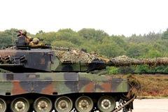 armored holländska howitzersoldater Fotografering för Bildbyråer