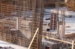 Armouring готовый для того чтобы сделать бетонные стены стоковые фото