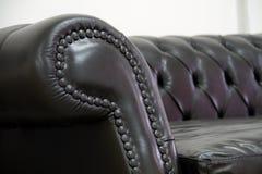armrest καναπές δέρματος Στοκ φωτογραφία με δικαίωμα ελεύθερης χρήσης