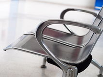 Armrest στενός επάνω της καρέκλας ανοξείδωτου Στοκ εικόνες με δικαίωμα ελεύθερης χρήσης