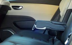 Armrest στο αυτοκίνητο Στοκ φωτογραφία με δικαίωμα ελεύθερης χρήσης