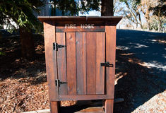 Armário da mangueira de fogo Foto de Stock Royalty Free