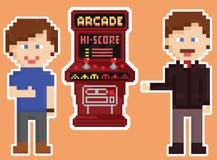 Armário vermelho da arcada do estilo da arte do pixel com dois gamers Fotografia de Stock Royalty Free