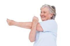 arms her senior stretching woman Στοκ φωτογραφίες με δικαίωμα ελεύθερης χρήσης