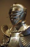 Armure médiévale d'or Photo stock