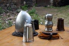 Armure sur la table Images stock