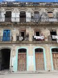 Armut in altem Habana in Kuba stockbilder