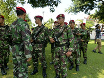 Army. On alert in anticipation of terrorist attacks in the city of Solo, Central Java, Indonesia stock images