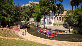 Arneson-Fluss-Theater bei San Antonio River Walk lizenzfreie stockfotos