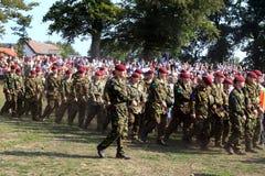 arnhem batalistycznych beretów szpaltowa marszowa czerwień Zdjęcia Stock