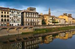 arno firenze florence flod tuscany Royaltyfri Foto