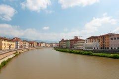 Arno-Fluss lizenzfreie stockfotos